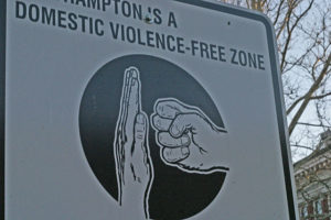 640px-domestic_violence_free-zone